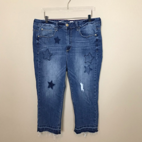 Seven7 Denim - Seven7 Cropped Jeans with Stars